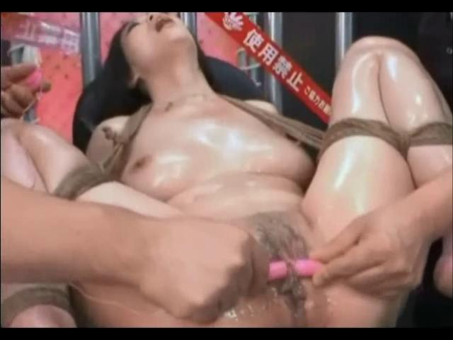 Порно видео азиатки с секс игрушками #5